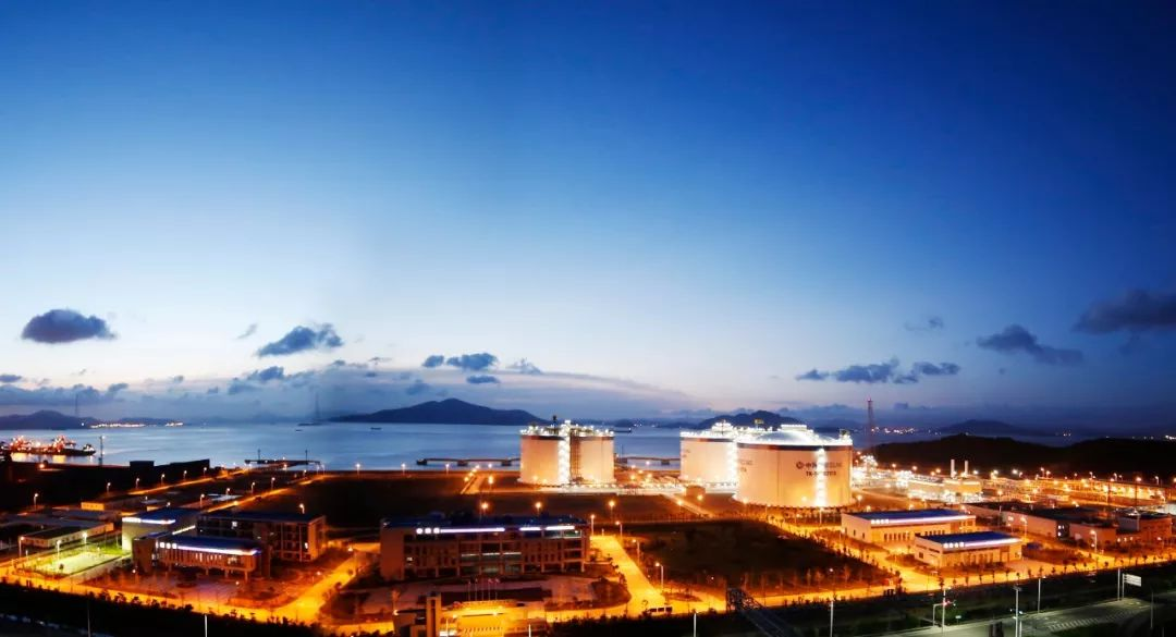 刘贵洲等:全球液化天然气行业发展理性调整