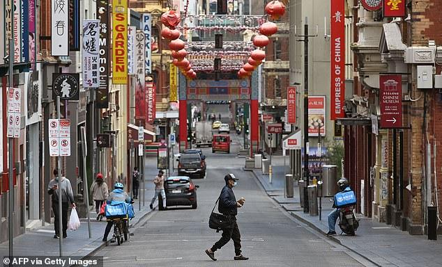 澳大利亚街头一家中国商铺被塞恶毒信件 市长痛斥