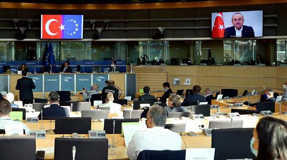 土耳其外交大臣:欧盟在海上边界问题上没有管辖权