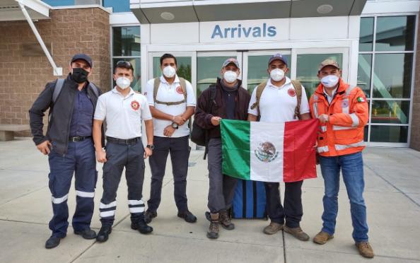 墨西哥消防员支援美国姐妹城市 协助控制俄勒冈山火