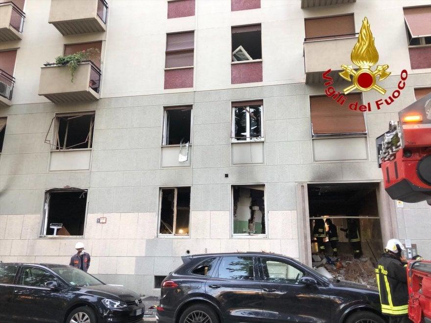意大利米兰居民楼发生爆炸 一人伤势严重