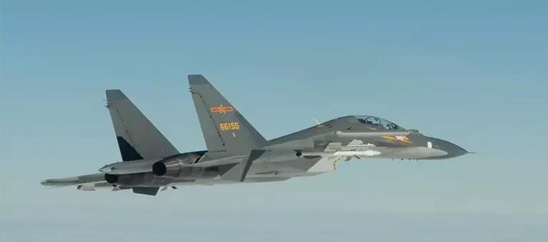 台军宣布的,某部的苏-30MKK战机 图源:交际媒体