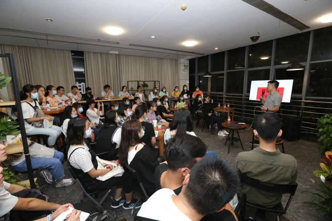 ▲柯新利分享他的大学故事(侯国涛摄)