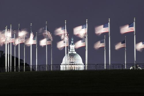 这是7月7日拍摄的美国华盛顿国会大厦。新华社记者 刘杰 摄
