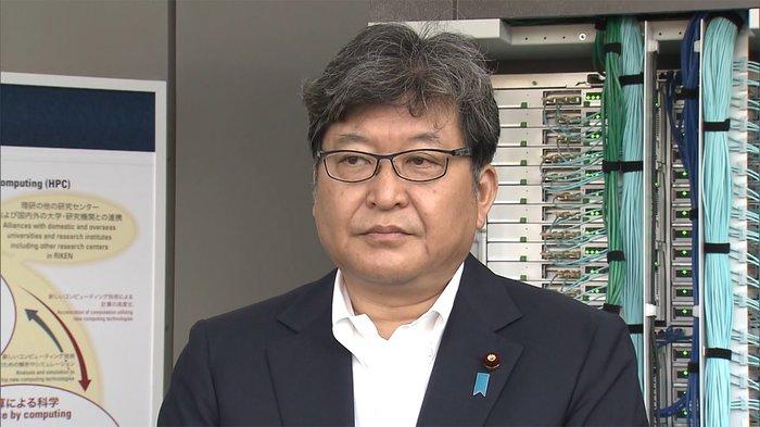 文部科学相荻生田光一,57岁,曾任副官房长官