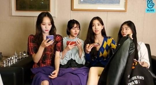 韩国女团直播这一幕引性骚扰争议
