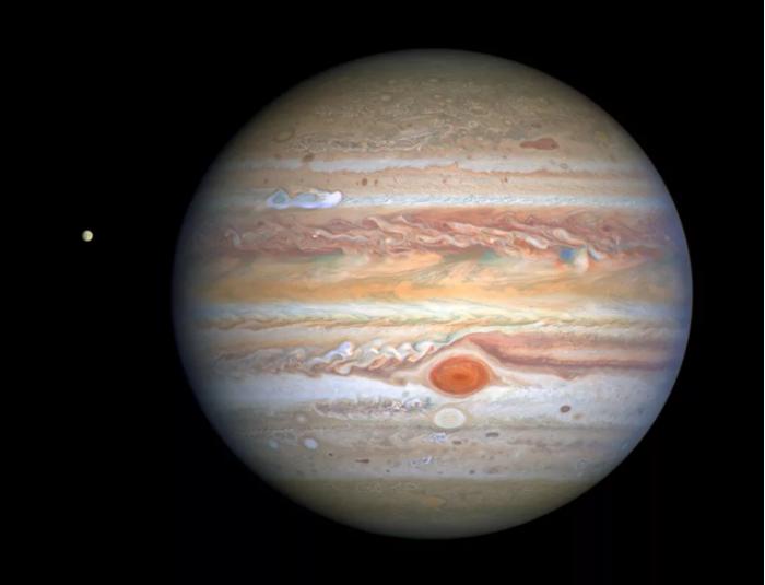 新哈勃图像展示木星疯狂风暴:大红斑仍异常抢眼