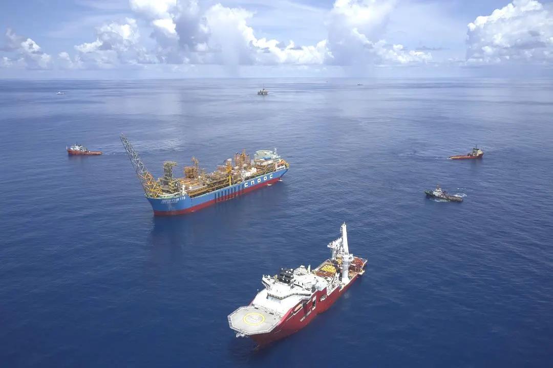 我国首个自营深水油田群投产!位于南海,高峰年产可满足400多万辆家用车一年汽油用量