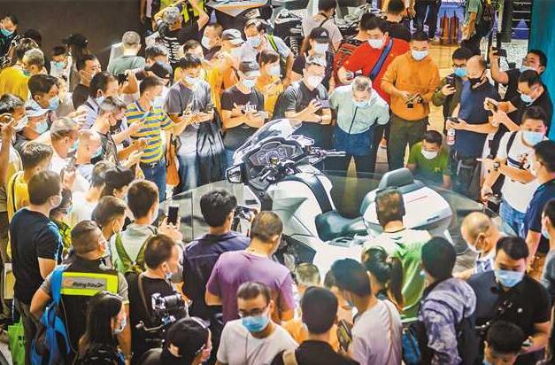 规模历届最大 门类历届最全 第十八届中国国际摩博会在渝开幕图片