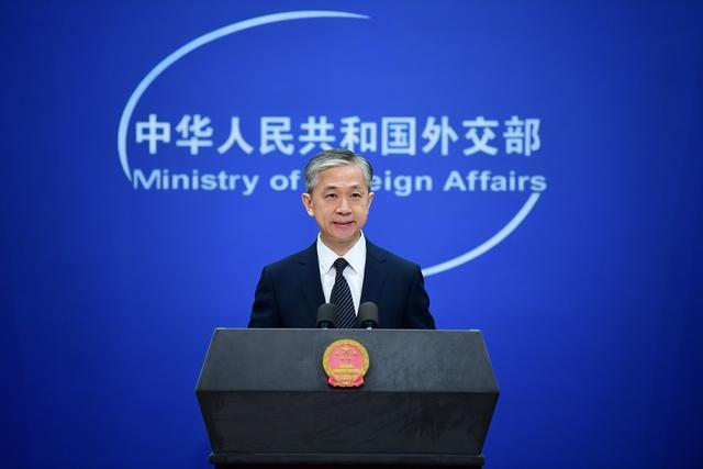 逾百名加前外交官致信特鲁多,呼吁释放孟晚舟换取加公民返加,外交部回应图片