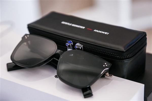 新研究:佩戴眼镜或有助降低新冠病毒感染风险