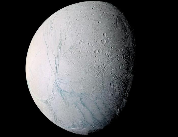 研究发现土卫二可能比想象中还要更活跃