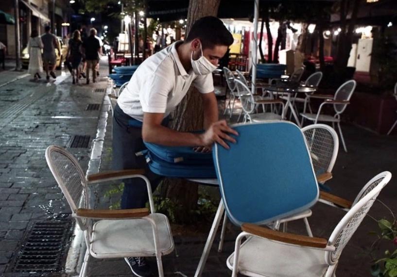 希腊日增新冠确诊病例再刷新纪录 难民营防疫成焦点
