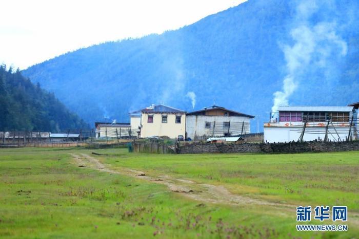 国家公园试点:云南香格里拉普达措生态壮美风光