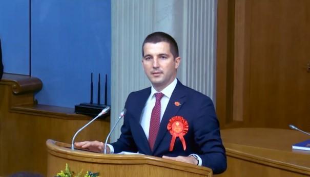 贝契奇当选黑山共和国新一届议会议长