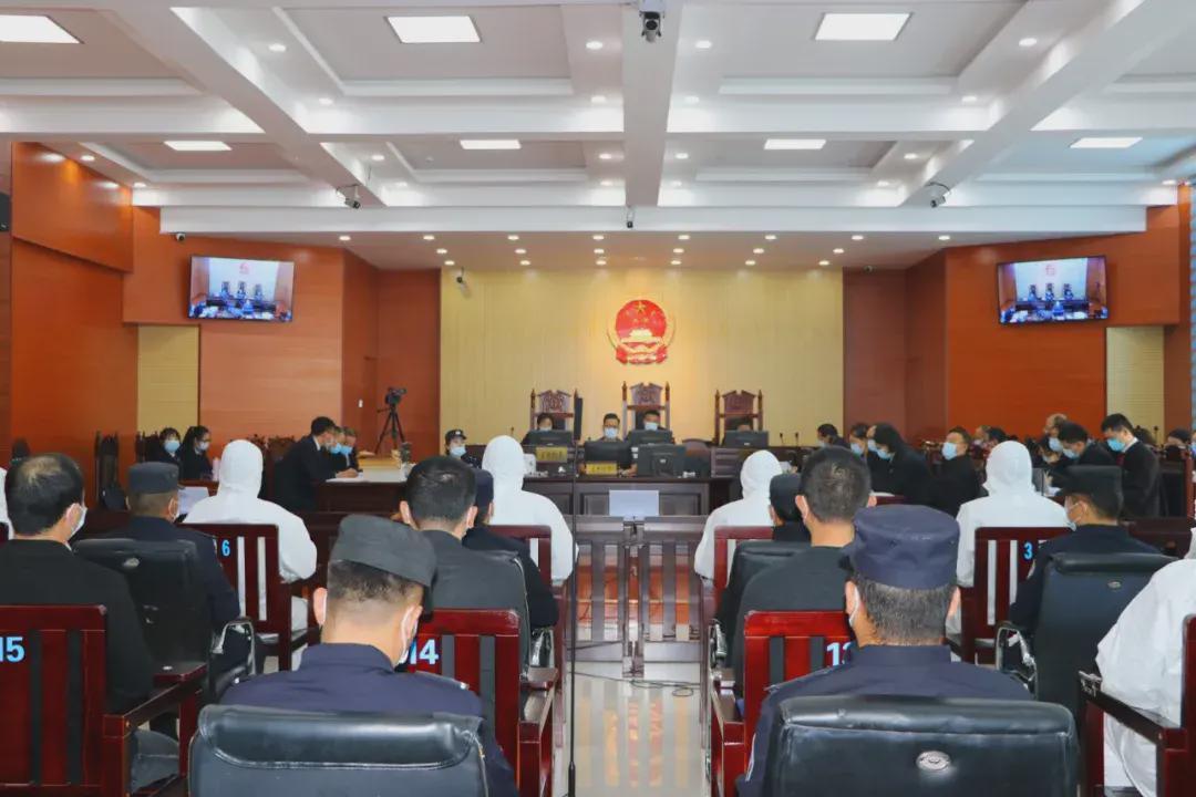 """西乌珠穆沁旗人民法院依法公开审理 """"2·23""""重大安全事故案件图片"""