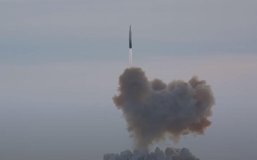 """普京:""""先锋""""高超音速导弹就像冰棍 边飞边融化"""