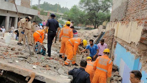 印度旁遮普邦一建筑物倒塌 致4死4伤