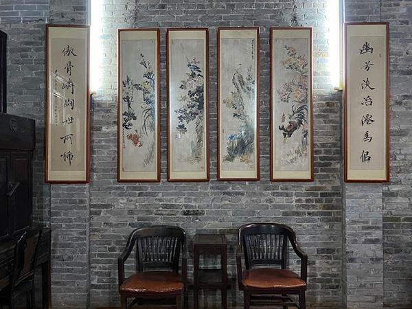 詹天佑故宅内部,墙上挂有一幅春联。黄楚旋 摄