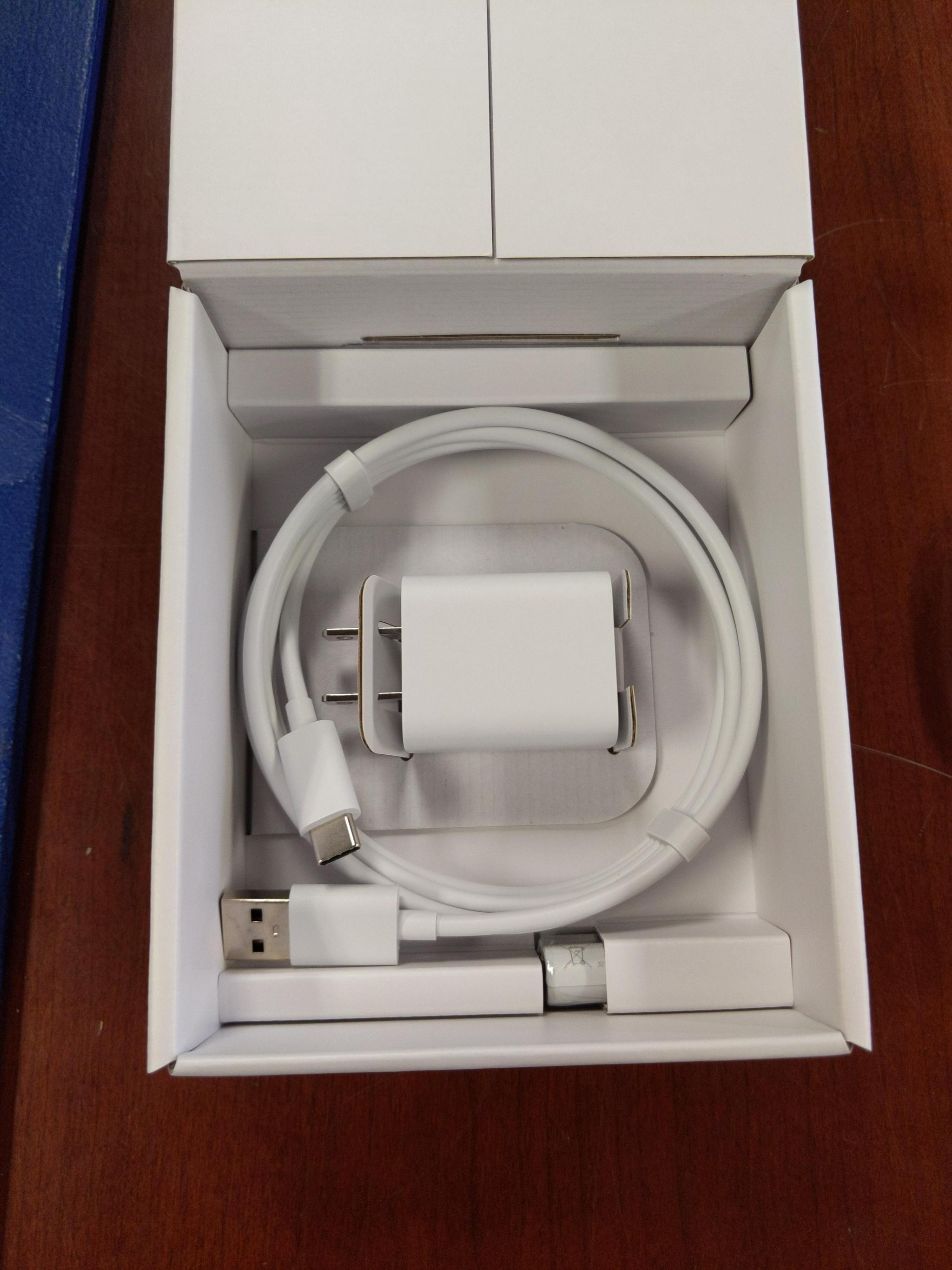谷歌新款Chromecast真机提前一周现身