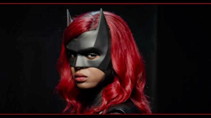 《蝙蝠女侠》第2季新黑人蝙蝠女侠造型公布 预计明年1月回归