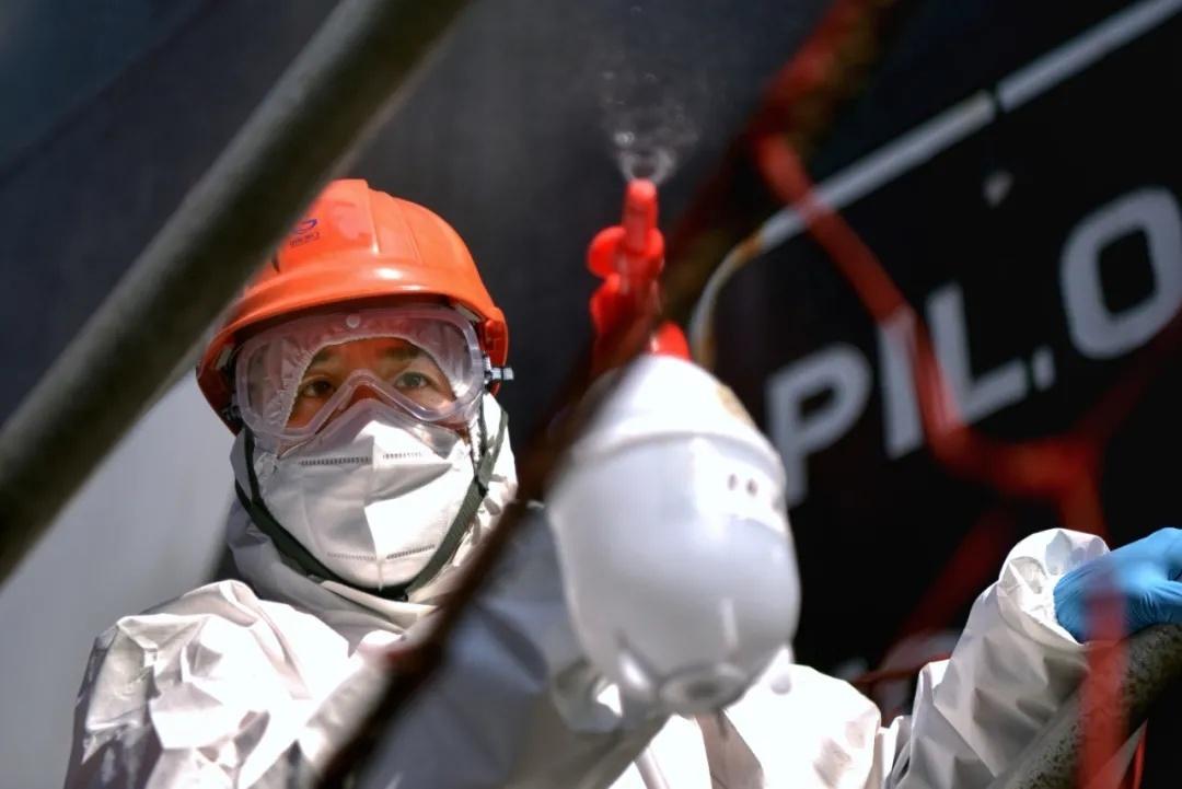 山东港口暂停散货船载运的进口冷链食品装卸作业!这些员工作业结束后隔离14天+核酸检测图片