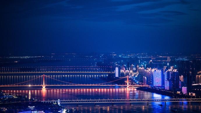 第一条记录武汉封城24小时的视频如何产生?他现场揭秘……图片