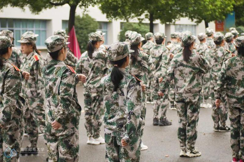 军训回眸 | 让我再看你一眼,军训中的你和我!图片
