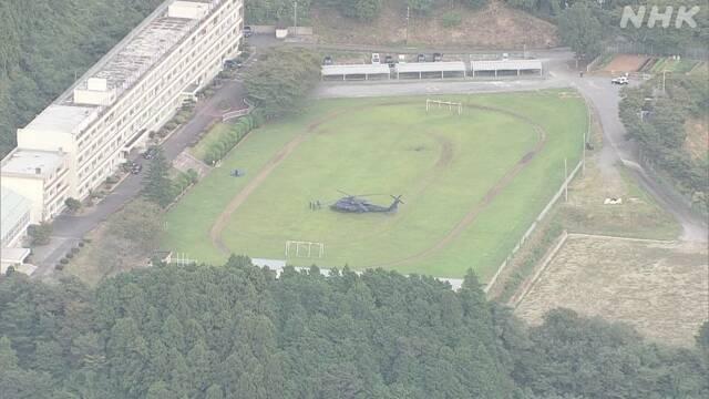 日本自卫队一黑鹰直升机发生故障 迫降高中校园