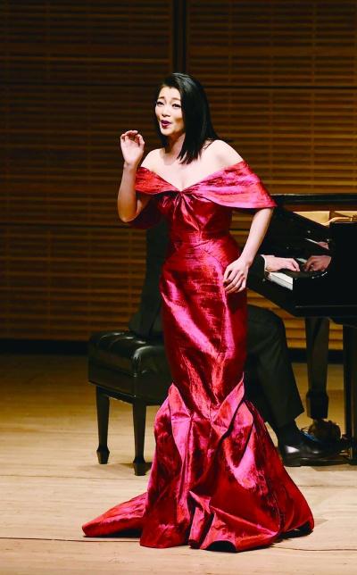 """""""全音域""""式声乐艺术家陈泉诠释东西方文化""""很高兴能通过我的歌声,将音乐送给每个人"""""""