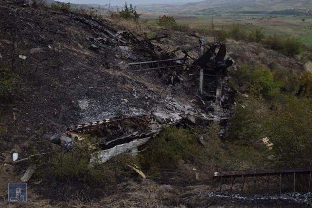 阿塞拜疆老爷机被击落 防空导弹一打一个准