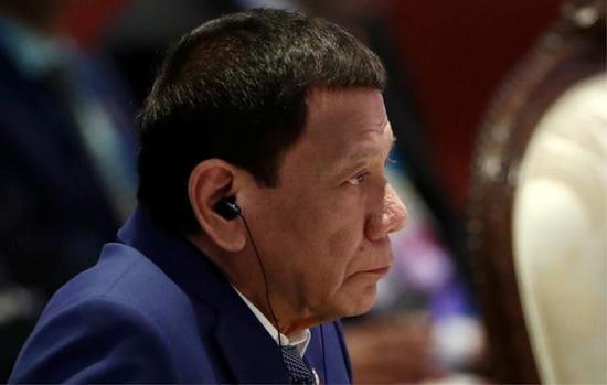 菲律宾总统质疑 Facebook 运营目的:因后者捣毁相关虚假账户