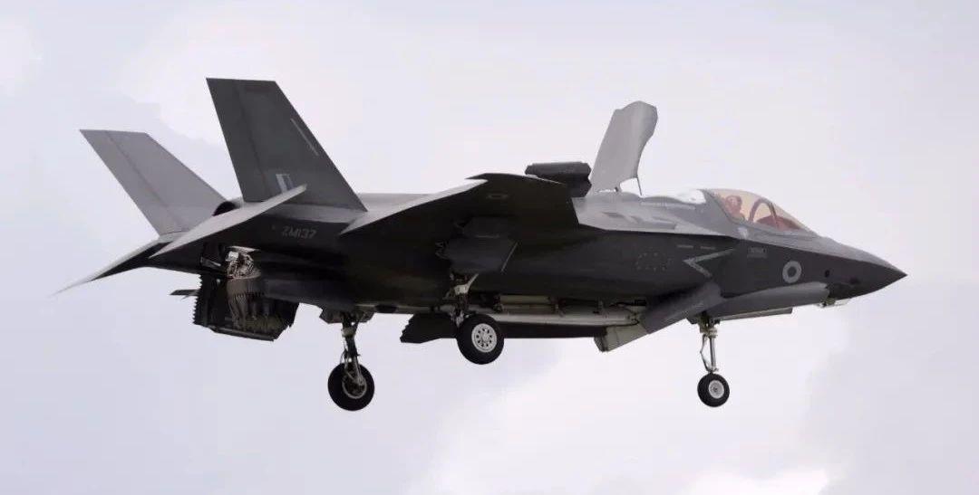 △F-35隐形战机