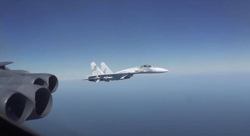 """美媒:俄军战斗机为追击美军轰炸机""""入侵""""丹麦领空"""