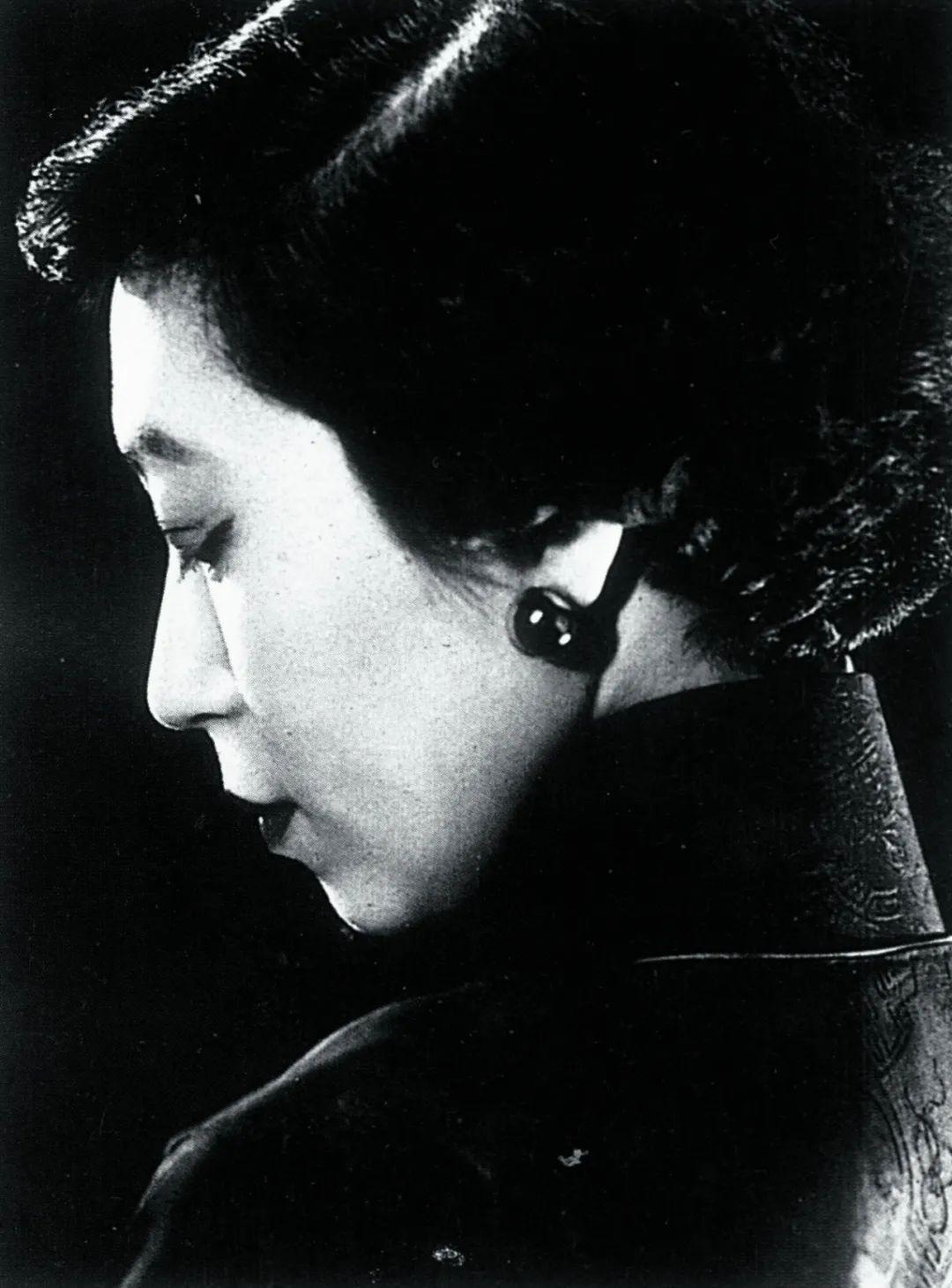 张爱玲百年诞辰:八卦、情史和假金句背后