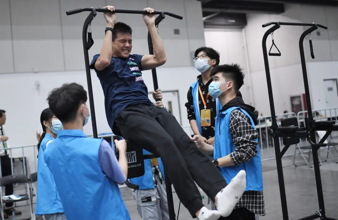 中国赛艇协会主席:当时国家队100多人 只有1人达到英国队入队标准