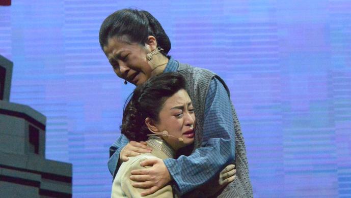 陈毅亲笔为她写过挽词,今天,以她为主人公的话剧正式首演图片