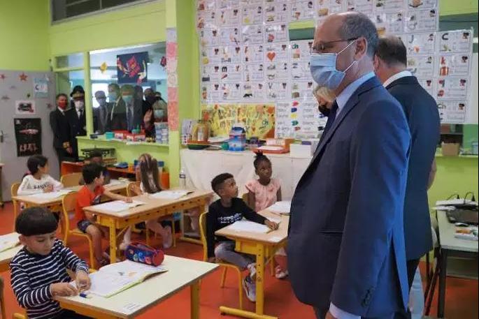 法国22所学校因出现新冠肺炎确诊病例关闭