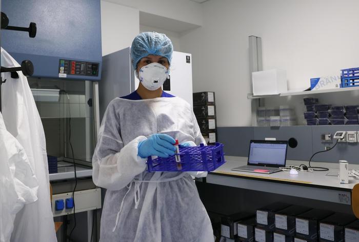 意高等卫生研究院:应警惕新冠新增病例数持续上升