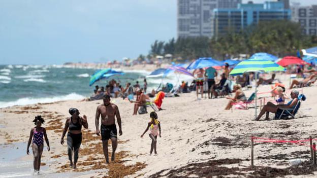 美国各界预警:劳动节小长假可能导致新冠疫情反弹