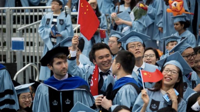 美国大学的中国毕业生(资料图)