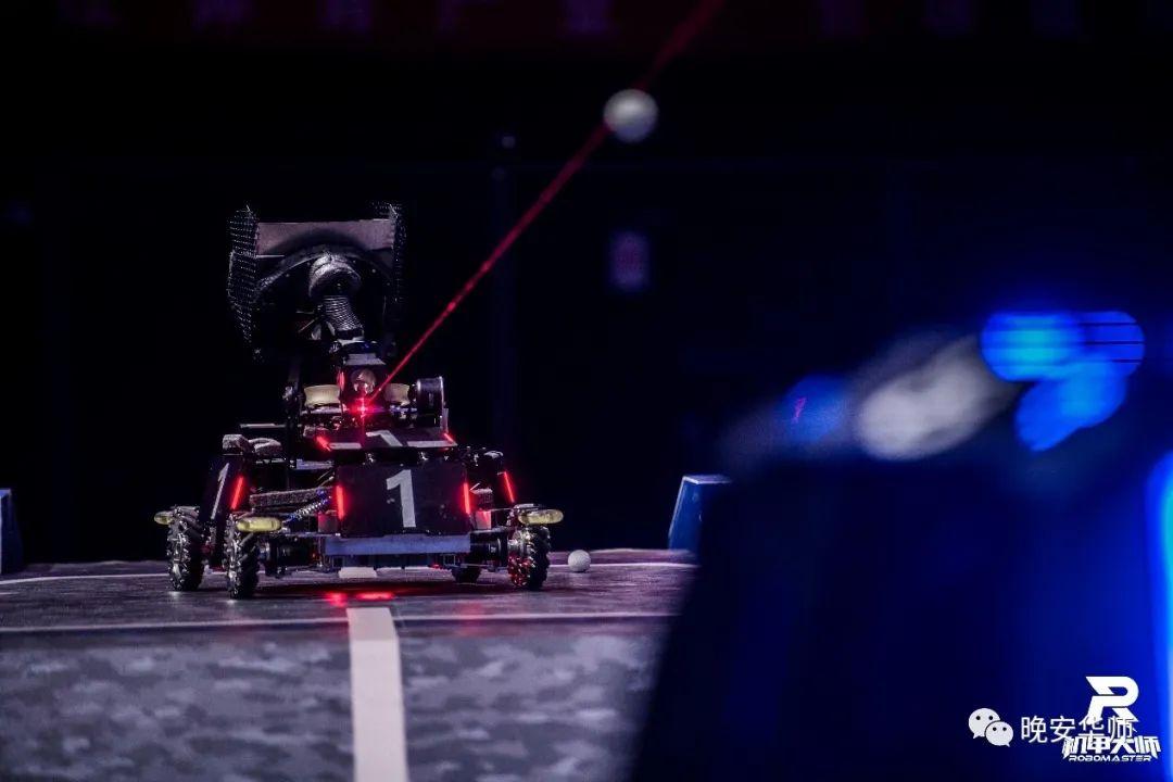 全国二等奖!华师机器人闪耀赛场!