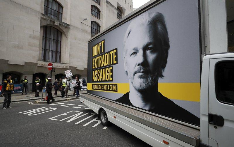 阿桑奇引渡听证会在英国伦敦重启