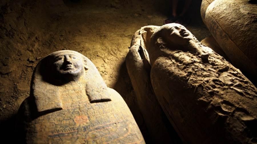 埃及出土多具保存完好2500年前木棺