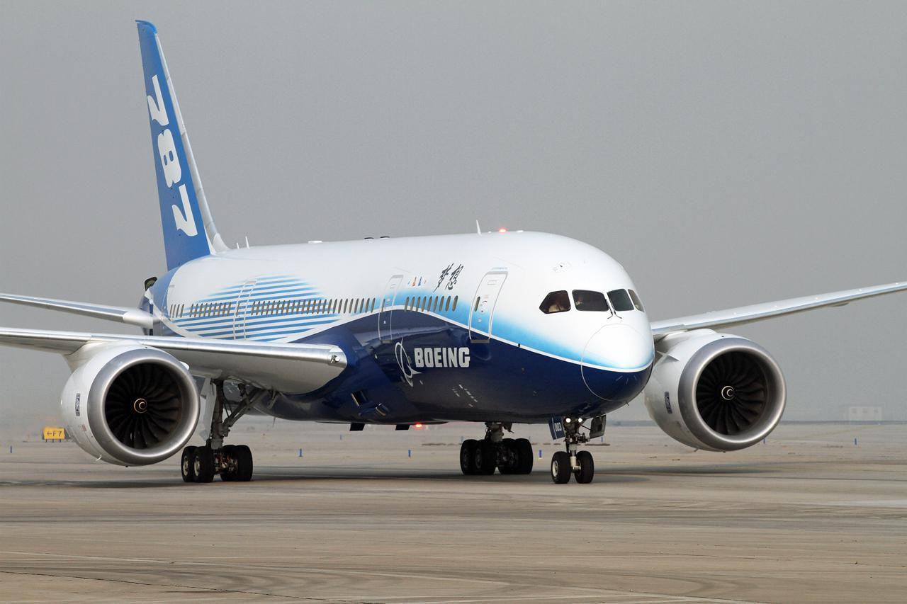 美国波音787梦幻客机查出生产问题