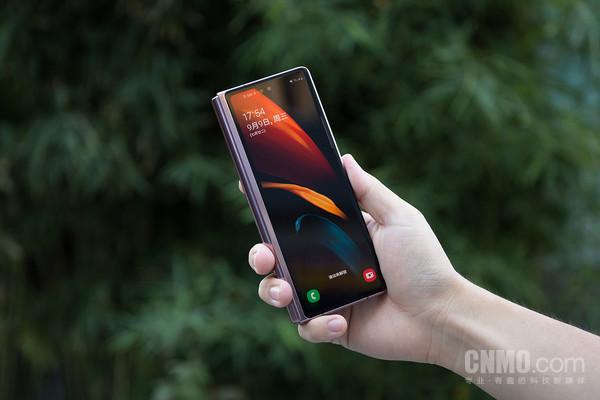 三星Z Fold2 5G评测:升级屏幕铰链 弯折间再次改变生活