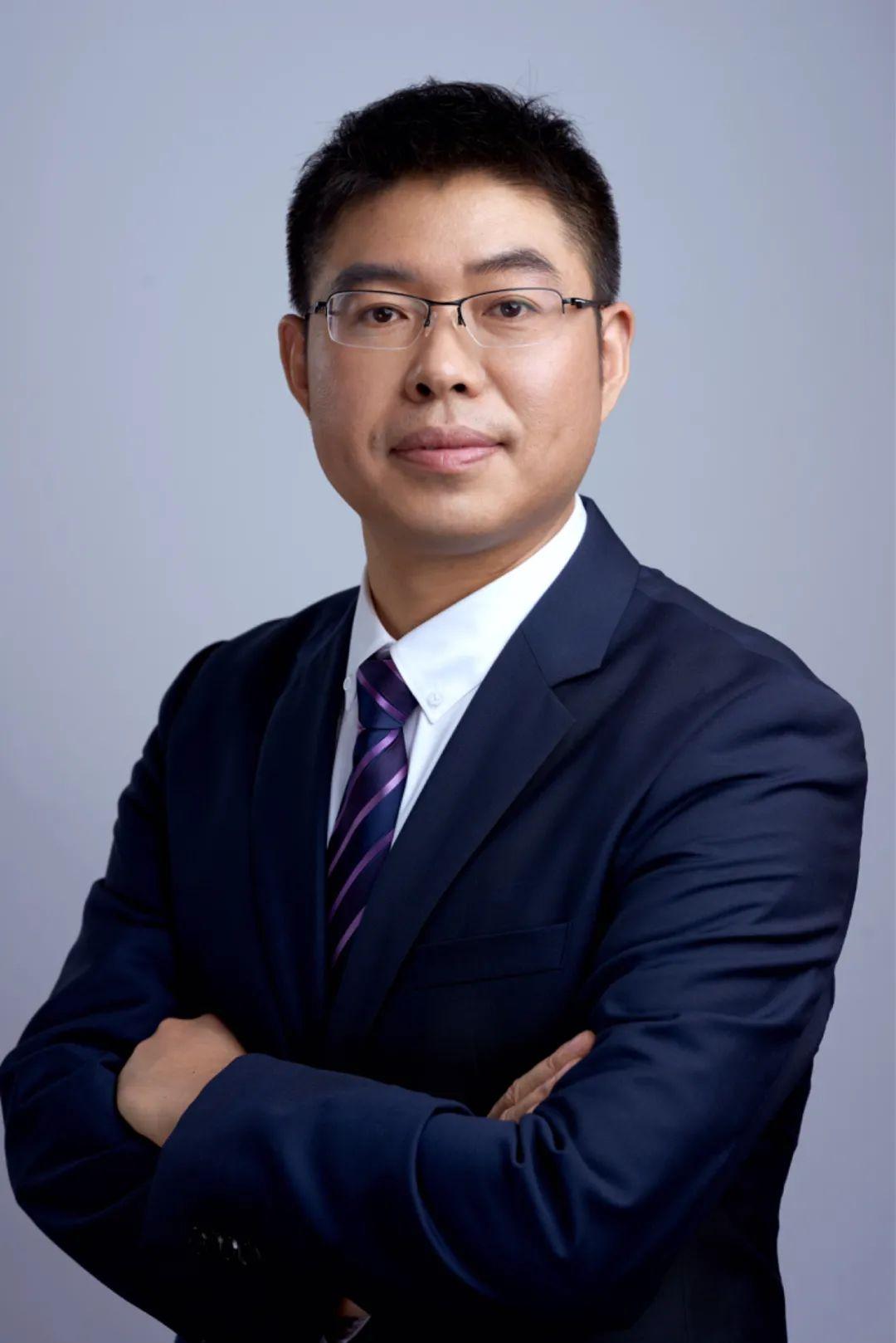 银华基金薄官辉:无名基金经理的苦与乐 尽量做到每笔买入都不亏钱