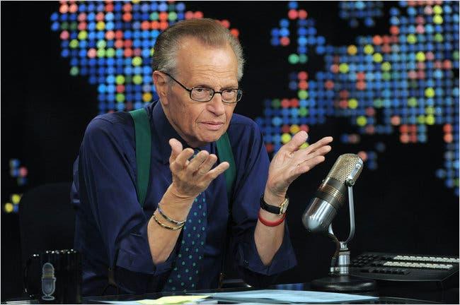美国著名主持人拉里-金因感染新冠肺炎住院已超一周