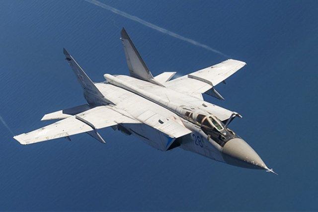 """美国反导系统遇对手!俄米格-31开始装备""""匕首""""超高音速导弹"""