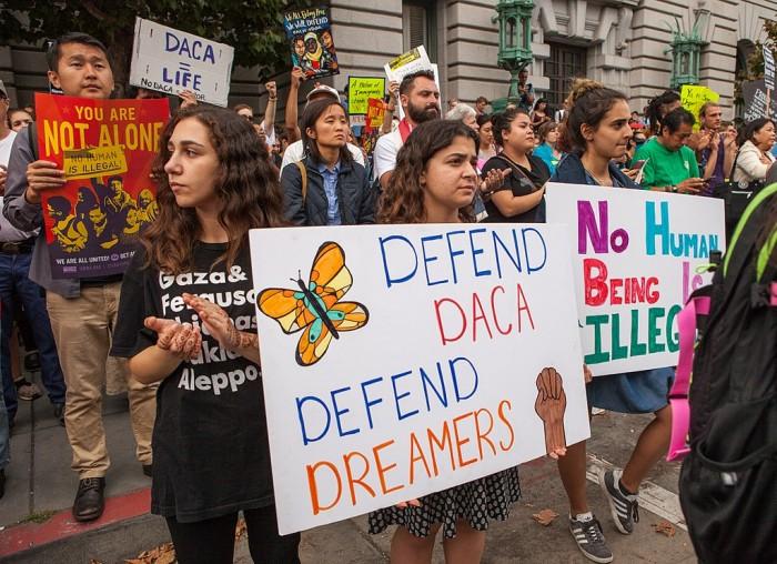 Google承诺将为500份DACA申请支付费用 呼吁移民改革